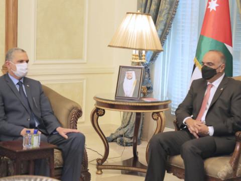 تفاصيل لقاء وزير الداخلية العراقي مع رئيس وزراء الاردن