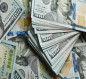 انخفاض اسعار صرف الدولار امام الدينار العراقي في الاسواق المحلية