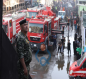 شاهد بالصور.. اندلاع حريق باحد الفنادق في شارع قبلة الامام الحسين (ع) وسط كربلاء